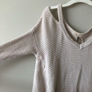Free People Sweaters - Free People cold shoulder sweater